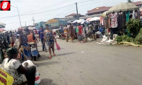 Cameroon: Douala Council Police Attacks Anglophone IDPs In Rail Market.